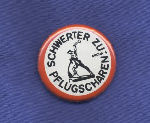 "Badge of the GDR peace movement (""Swords into ploughshares"")"
