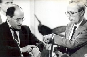 Lothar de Maizière and Gregor Gysi shortly before the beginning of a TV election broadcast on the eve of local elections in the GDR, 6 May 1990