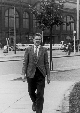 Axel Hannemann: born on April 27, 1945, shot dead in the Berlin border waters on June 5, 1962 while trying to escape (date of photo not known)