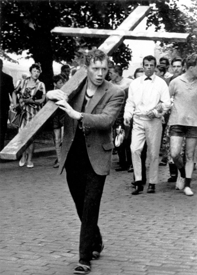 Dieter Beilig, shot dead at the Berlin Wall: Demonstration on the first anniversary of the Berlin Wall (photo: Aug. 13, 1962)