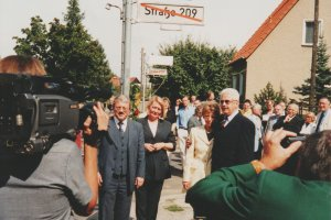 Günter Litfin, shot dead in the Berlin border waters: Street-naming ceremony in Berlin-Weissensee, Aug. 24, 2003