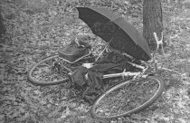 Adolf Philipp, shot dead at the Berlin Wall: West Berlin police photo of site where his bike was found at the Oberjägerweg in the Spandauer Forst (photo: May 6, 1964)