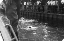 Giuseppe Savoca, drowned in the Berlin border waters: East German border troop photo – Searching for the drowned child [June 15, 1974]