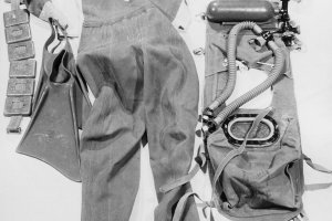 Ingo Krüger, drowned in the Berlin border waters: MfS photo of diving equipment [December 1961]