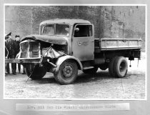 Klaus Brueske, shot dead at the Berlin Wall: West Berlin police photo of the escape car [April 18, 1962]