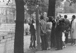 Berlin residents at the barbed wire, September 1961