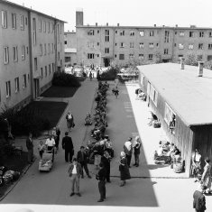 Marienfelde Reception Centre in West Berlin: transit point for hundreds of thousands of refugees from the GDR, photo from 1958