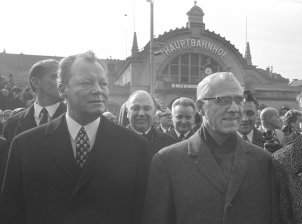 Meeting between West German Chancellor Willy Brandt und GDR chairman of the Council of Ministers Willi Stoph in Erfurt, 19. 3.1970