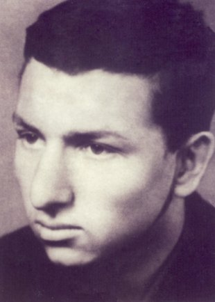 Hans-Joachim Wolf: born on Aug. 8, 1947, shot dead at the Berlin Wall on Nov. 26, 1964 while trying to escape (photo: 1964)