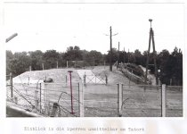 Werner Kühl, shot dead at the Berlin Wall: West Berlin police crime site photo of border grounds between Berlin-Neukölln and Berlin-Treptow [July 24, 1971]