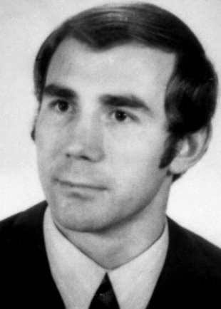 Manfred Gertzki: born on May 17, 1942, shot and drowned in the Berlin border waters on April 27, 1973 while trying to escape (date of photo not known)