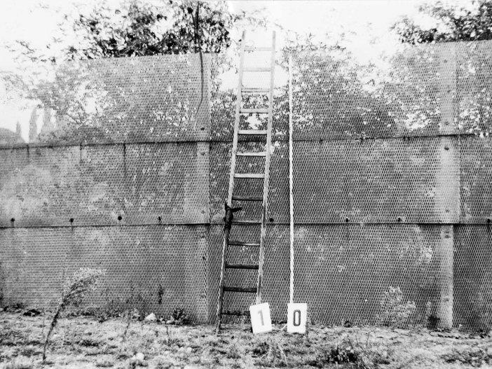 Arbeitsblätter   Chronik der Mauer
