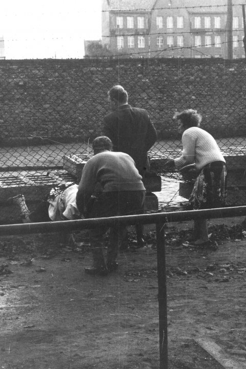 An East Berlin woman escapes to the West with the help of relatives, Neukölln, Berlin, 22 September 1961
