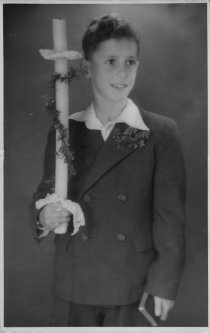 Günter Litfin, shot dead in the Berlin border waters: First communion (photo: ca. 1947)