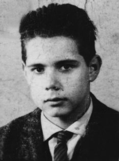 Christian Peter Friese: born on January 5, 1948, shot dead at the Berlin Wall on December 25, 1970 while trying to escape (date of photo not known)